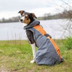 Trixie Solid szélvédő esőköpeny kutyáknak fényvisszaverő csíkokkal - több méretben